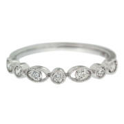 oval-and-round-wedding-band-front