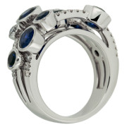 seven-sapphire-ring-upright