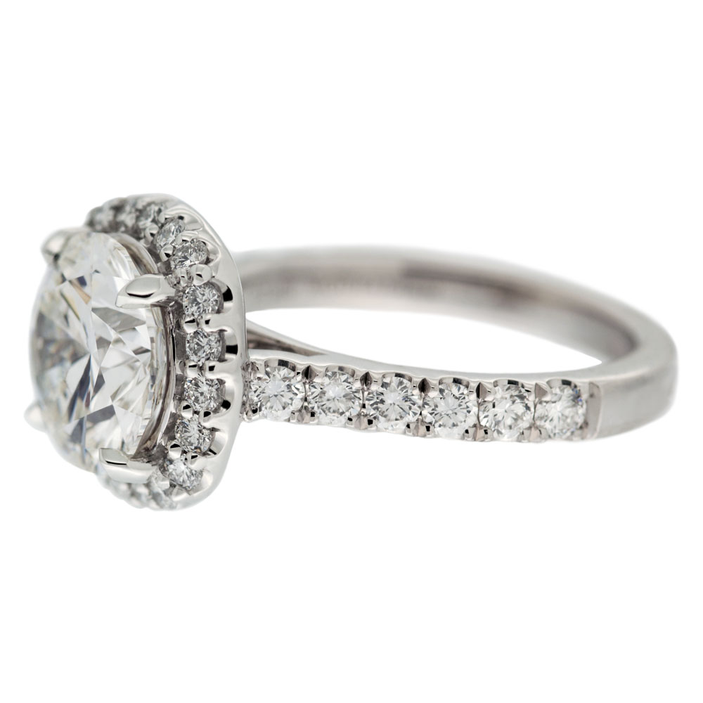 Round Diamond With Halo Engagement Ring